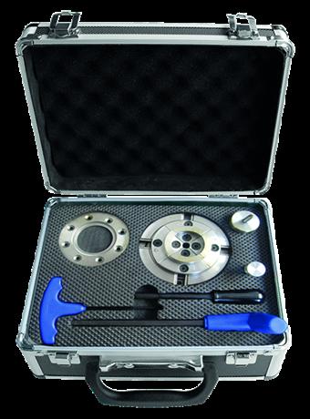 BOX WITH M33 X 3.5 MM THREADED TURNING MANDREL